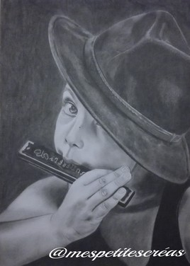 l'enfant à l'harmonica