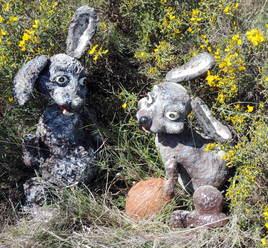 """marionnettes à fils """"lapins de pâque"""""""
