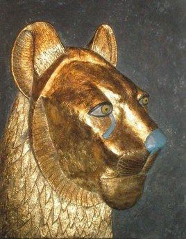 Sekhmet. med: 47x58x12 cm.